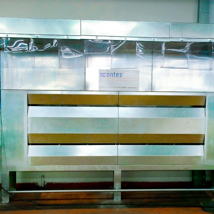 Impianto di aspirazione e filtrazione polveri | Reparto orditura | Italia