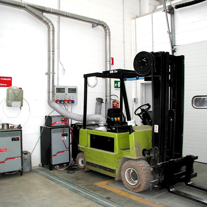 Gas suction system | Fork-lift batteries recharging station | Italy